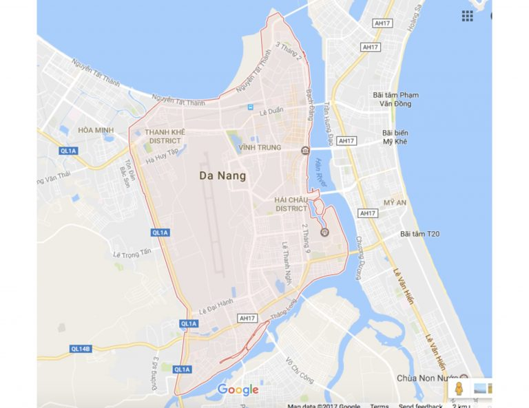 The city of Da Nang, the majority of which is surrounded by water. To the east there is the Han River, and to the North the Da Nang Bay. (Google Maps, Feb. 2nd, 2017)