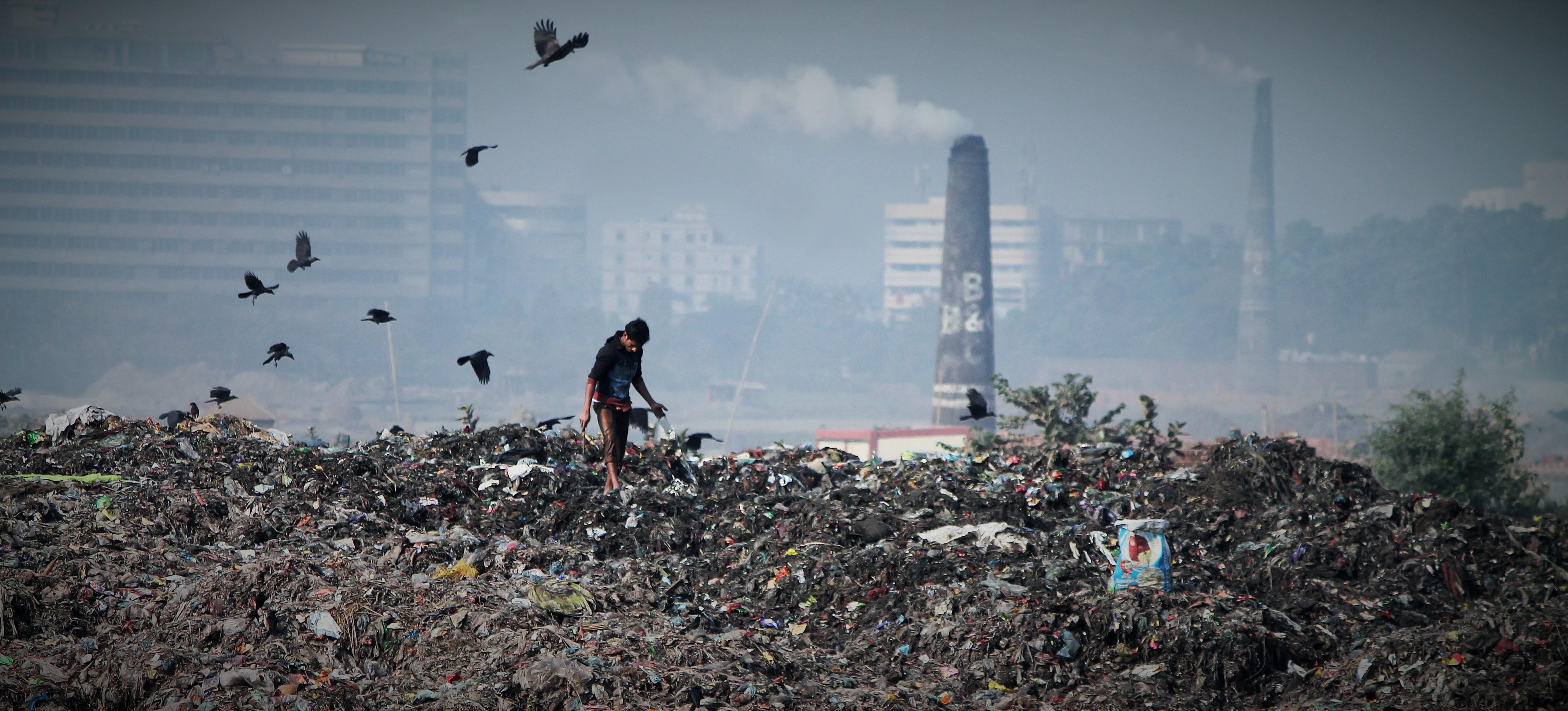 Unsafe Waste Disposal site at Kodda, Gazipur. (Photo credit: Sakib Imtiaz)